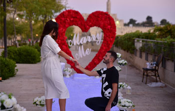 הצעת נישואין בכותל